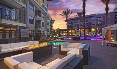 $6000 2 apartment in Scottsdale Area