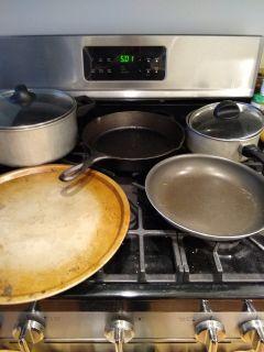 Pots and pans, pizza pan