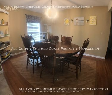 Single-family home Rental - 814 SparkleBerry Cove