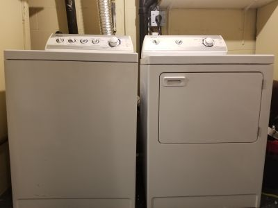 Maytag Washer & Dryer - laveuse et s cheuse