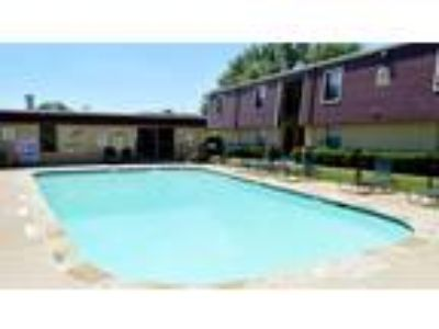 Two BR Two BA In Fort Worth TX 76132