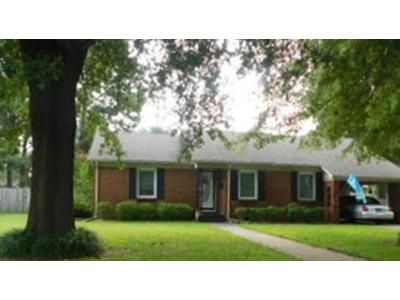 3 Bed 2 Bath Foreclosure Property in Blytheville, AR 72315 - N 5th St