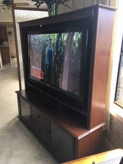 "*** 50"" SANYO FLAT SCREEN SMART TV with SOLID WOOD ENTERTAINMENT CENTER ***"