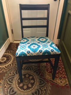 Accent or desk chair
