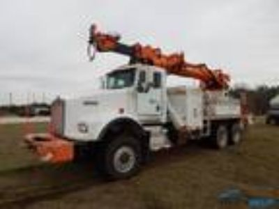 Used 2000 Kenworth T800 for sale.