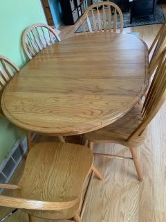 Large Oak table and 6 chairs $50