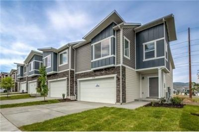 4 bedrooms Apartment - Nestled against the backdrop of the Wasatch mountains.