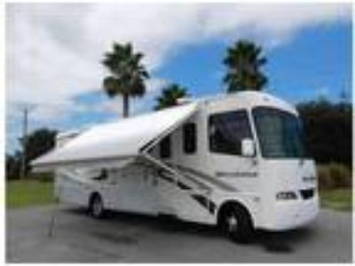 2005 32.6 ft Four Winds Hurricane motorhome