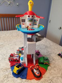 Paw Patrol Look Out Tower WITH lots of characters & Vehicles