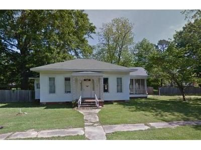 4 Bed 2 Bath Foreclosure Property in Pickens, MS null - North 1st