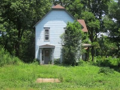 3 Bed 1 Bath Foreclosure Property in Urich, MO 64788 - E 4th St