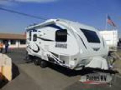 2019 Lance Lance Travel Trailers 1685