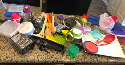 Mix lot of kitchen items - must take all - porch pickup today only 6/18/19