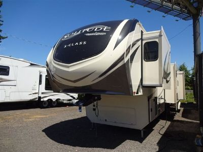 2019 Grand Design Solitude 3740BH 3740 3740 Fifth Wheel