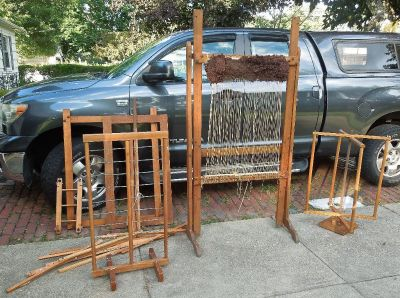 "36"" x 29"" Rug Loom w/ accessory Machines & Extras"