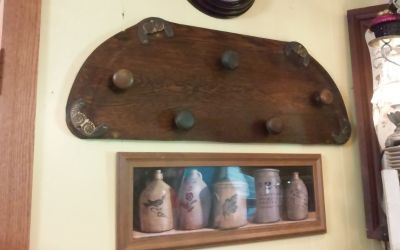 Antique Wood & Door knob Wall Hat Rack