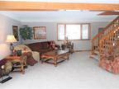 Incredible wooded 1/2 Acre Property in Bloomington