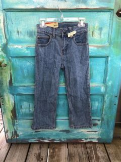 with tags! Boy size 5 relaxed fit -straight leg- adjustable waist jeans-(b110)