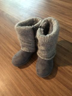 Girls gray Cat & Jack boots size 13. Hardly worn! Super cute! $8