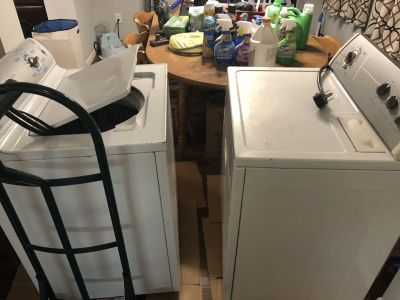 Washer and Dryer Set -Electric (pick up only)