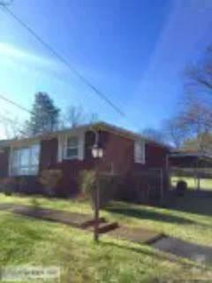 MIDCENTURY House for RentBellshire area of Nashville