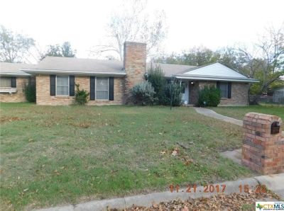 4 bedroom in Killeen