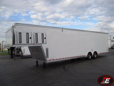 38' United Gooseneck Super Hauler Race Car Trailer