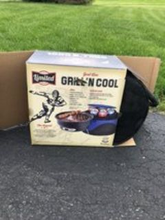 portable charcoal grill with little cooler