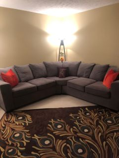 Barely used microfiber modern sectional & 2 lamps