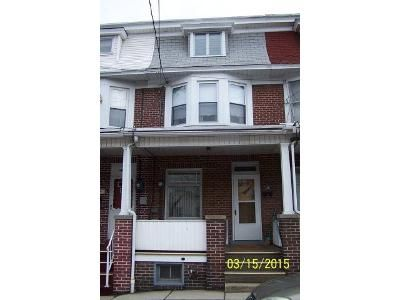 4 Bed 1 Bath Foreclosure Property in Tamaqua, PA 18252 - Clark St