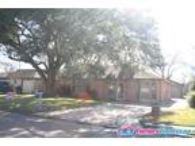 Very nice FWISD 3/2 with detached garage FOR LEASE!!!