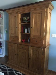 beautiful solid wood hutch