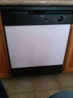 $175, DISHWASHER Whirlpool NEW $175