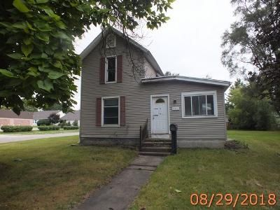 3 Bed 1 Bath Foreclosure Property in Saint Johns, MI 48879 - E State St