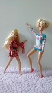 Barbie dolls with costoms and accessories