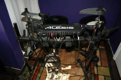 $175 Alesis DM5 electronic drumset