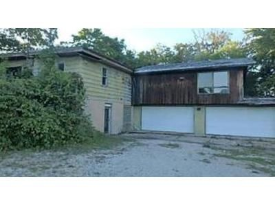 Foreclosure Property in Wonder Lake, IL 60097 - Barnard Mill Rd