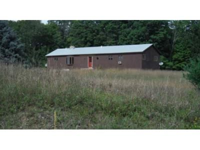 3 Bed 2 Bath Foreclosure Property in Whitehall, NY 12887 - Hatch Hill Rd