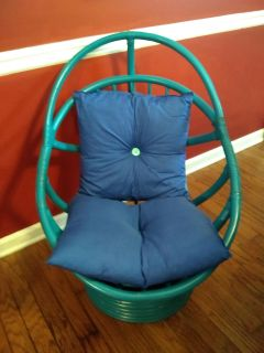 Very comfortable turquoise and blue chair in great shape!