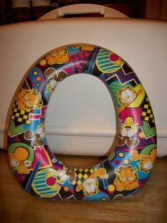 #2010 GARFIELD CHILD POTTY TRAINING SEAT
