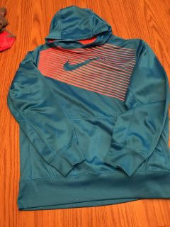 XL thermal fit Nike hoody in excellent condition. No stains. No snags.
