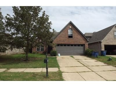 3 Bed Preforeclosure Property in Olive Branch, MS 38654 - Tremont Dr