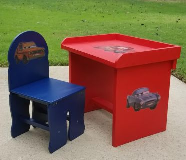 Kids Toddler Disney Cars Wood Desk / Table with Chair