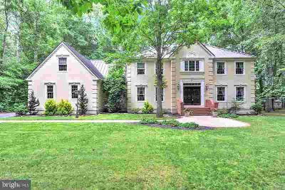144 S Lexington Dr Felton Five BR, R-10848 Custom built luxury