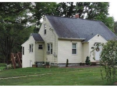3 Bed 1.5 Bath Foreclosure Property in Saegertown, PA 16433 - S Mosiertown Rd