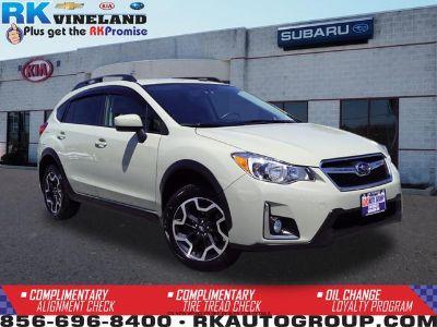 2017 Subaru XV Crosstrek 2.0i Premium (Desert Khaki)
