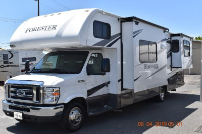 2016 Forest River FORESTER 2861DS