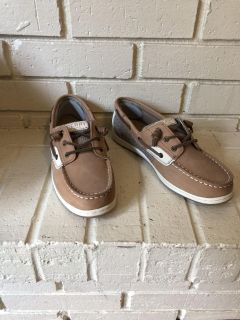 Women s Sperry shoes size 5