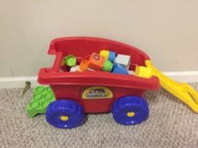 wagon with building blocks