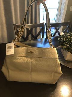NWT Authentic Coach Purse F28998 Pebbled Lexy Chain, Color-Chalk
